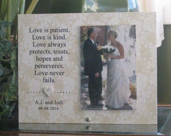 LOVE IS PATIENT Gift, Love Is Patient Frame, Personalized Wedding Picture Frame, Custom Wedding Frame, Personalized Wedding Gift, 4x6 photo
