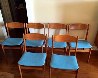 A set of Six Findahls Mobelfabrik Mid Century Modern Teak dining chairs.