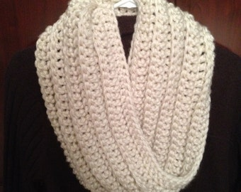 Chunky Ribbed Cowl Infinity Scarf