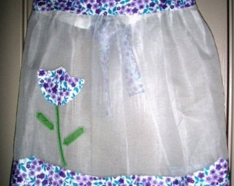 vintage apron ... SHEER DELIGHT with a Delightful FLOWERY trim ...
