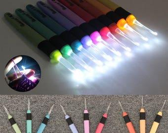 8 x Light Up Knitting Crochet Hooks Needles