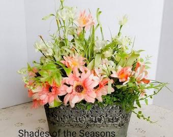 Spring Floral Arrangement, Spring Flowers, Spring Table Arrangement, Spring Decor, Summer Decor, Table Arrangement, Floral Arrangement