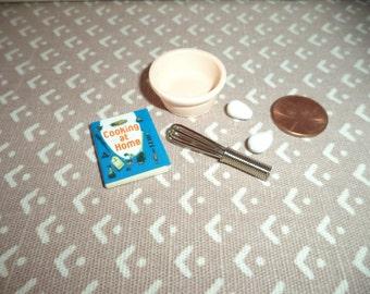 1:12 scale Dollhouse Miniatures Baking set
