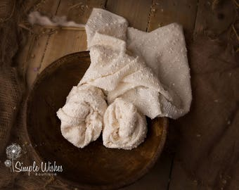 RTS Newborn Wrap,Cream, Off White Newborn Photo Prop,Popcorn Fabric,Photography Fabric,Baby Prop Wrap,UK Seller