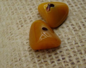 2 20mm honey color copal amber beads