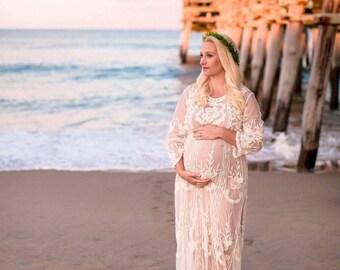 Maternité de robe longue dentelle ELLE   Ivoire