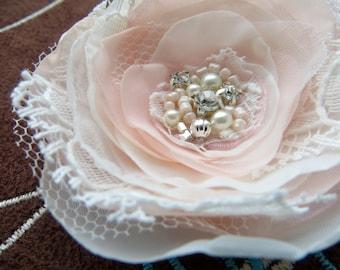 Ivory, blush wedding bridal hair flower, bridal hairpiece, bridal hair clip, wedding hair flower, wedding hair accessories, bridal headpiece