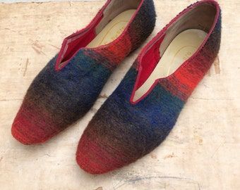 vintage 1960s Capezio felted wool skimmers w. flexible leather sole sz 6