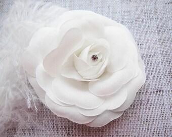 White Wedding hair clip Rose hair clip bridal hair clip wedding hairpiece Wedding Hair Accessory Bride flower clip Bridal flower hairclip