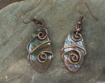 Hammered Copper Earrings -Copper Earrings  -  Dangle Earrings  -  Clip-On Earrings -  Artsy Jewelry  -  Stylish Earrings  -  Boho Jewelry
