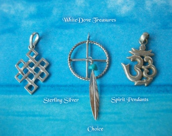 OM Sterling Silver Pendant ~ Eternity Knot Pendant - Native American Medicine Shield Pendant ~ Phantom Crystal ~ Sterling Silver Vintage