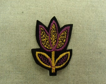 Gold and Pink Tulip fusible badge