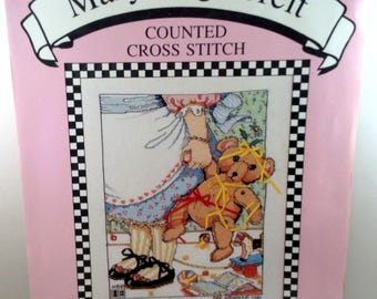 """Mary Engelbreit All Dressed Up Counted Cross Stitch Kit 9"""" x 11"""" MECS-1 OPEN Kit"""