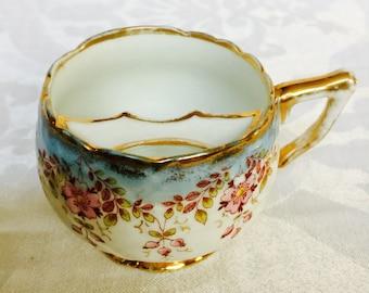 Antike seltene Moustache Tasse oder kleine Becher zum Trinken Tee oder Kaffee oder Getränke