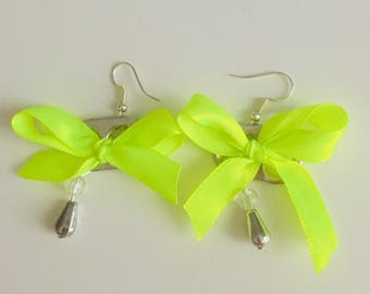 Bobbin capsules and Ribbon with beads costume jewelry earrings