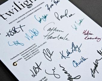 Twilight Film Movie Script with Signatures / Autographs Reprint Unique Gift Screenplay Present TV Fan Geek Team Edward Jacob