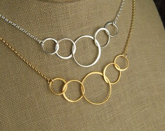 Five linked circles necklace in sterling silver or gold, entwined circles, interlocking circles, family necklace, gold necklace, mother's