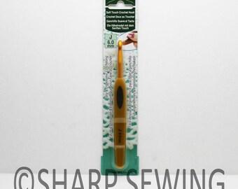 Clover Soft Touch Crochet Hook Size: J 6.00mm Light Weight and Ergonomic Comfortable #1010/J