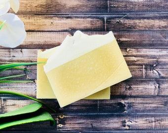 Lemongrass Soap - Lemongrass Soap with lemongrass essential oil - Homemade Lemongrass Soap - All Natural Lemongrass Soap - Bath Soap -