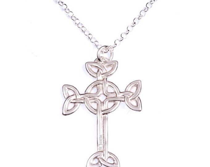 Sterling silver openwork Clonmacnois cross on an 18″ Sterling silver belcher chain.- Hand Made in UK