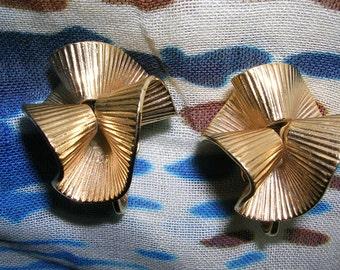 Vintage Signed Bergere Art Deco Earrings