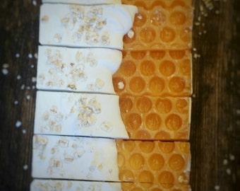 Oatmeal Honey Soap || Honey Soap || Colloidal Oatmeal Soap || Oatmeal Milk And Honey Soap || Cocoa Butter Soap || Handcrafted Soap ||