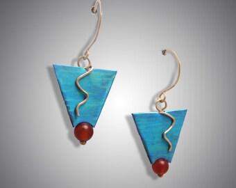Gold and niobium geometric earrings