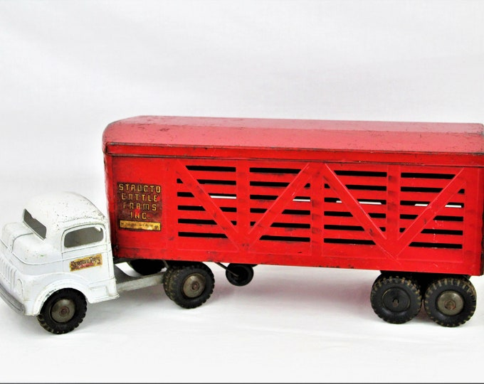 Vintage 1950s Structo Cattle Farms Inc. Toy Cattle Truck and Trailer