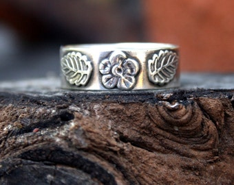 Sterling Silver Flower and Leaf Ring