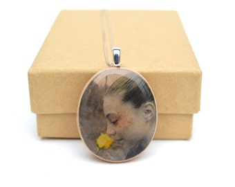 Photo necklace Custom portrait necklace Mom from daughter Personalized photo gift mom photo gift personalized necklace.