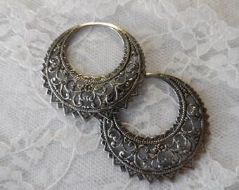 "Vintage silver or gold plate stamped filigree hoops,1&1/2"",2pcs-ERG14"