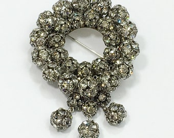 50s Wreath Brooch | Circle Rhinestone Pin