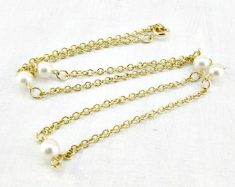 Vintage Gold Chain Pearl Necklace, White Glass Pearl Necklace, Gold Chain Necklace, 1970s Vintage Jewelry, Romantic Gift for Her Girlfriend