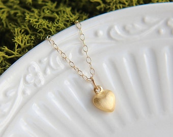 SALE, Heart Necklace, Gold Heart Necklace, Tiny Heart Charm Necklace, Love Necklace, Gift for Her, Gift for Girlfriend, Heart Jewelry