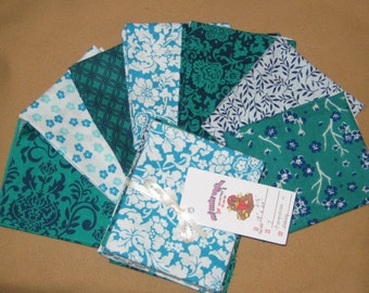 Fat Quarter - Turquoise and Navy - 7 cuts - clearance fabric fat quarter,  cotton fat quarter, fat quarter fabric, fat quarter