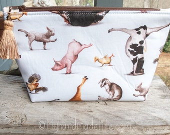 Farm Animals Fabric Makeup Bag || Lined Makeup Bag | Farm Animal Yoga | Yoga Gift Makeup Bag | Small Gift Under 20 | Camera Accessory Bag