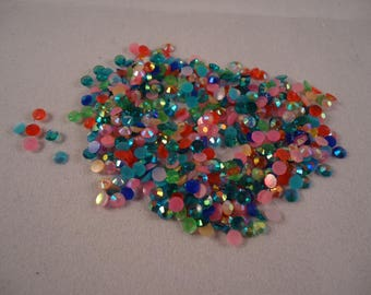 Set of 300 half 3 mm acrylic beads