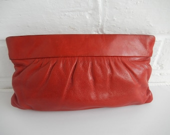 Vintage 80's Soft Red Leather Retro Clutch Zip Purse Bag