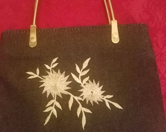 Vintage denim pocketbook with white embroidary flowers
