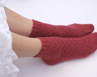 Hand knit Socks Wool knit socks Knitted socks Knit wool socks Birthday gift for women Winter knit socks Knit cable socks MADE TO ORDER