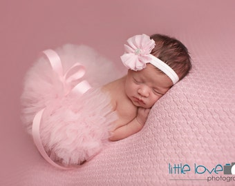 LIGHT PINK Newborn Tutu and Headband, Pink Tutu Set, Newborn Tutu, Baby Tutu, Photography Prop, Pink Tutu, Newborn Photo Prop