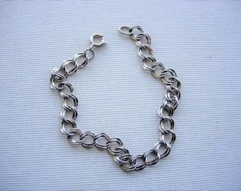 Pretty Sterling Silver Linked Chain Bracelet