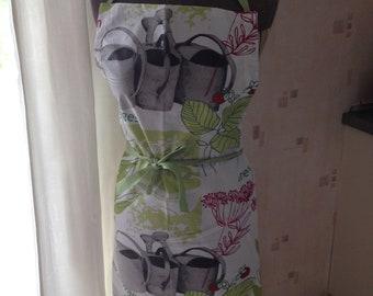 apron woman