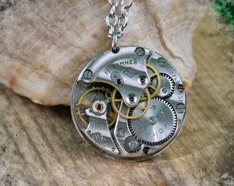 Men Watch movement  Steampunk   Pendant ,  Steampunk Jewelry ,   Vintage Clockwork Watch Movement Pendant , Clockwork  Pendant