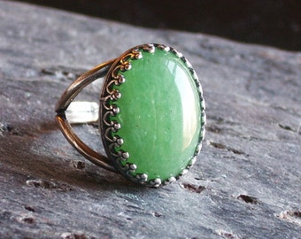 Green aventurine ring, antique silver ring, gemstone ring, light green ring, holiday gift ideas, gift ideas for mom, unique Christmas gift