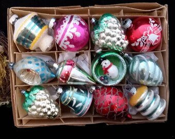 Box 12, Christmas Ornaments, box, We have more, Vintage 1940's to 1960's ornament, Stripes, Indent, Grapes, Christmas Decoration #99