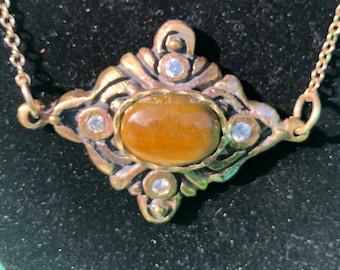 LYRIC pendant with cubic zirconia