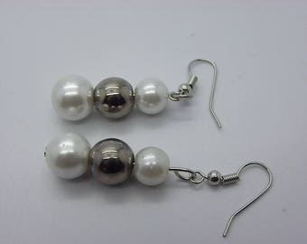 Pearl Earrings 8 mm and 10 mm with a silver and white beads