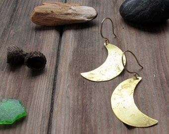 Dance in the Dark -  Brass crescent moon earrings - Medium Lightweight Rustic Moon Earrings