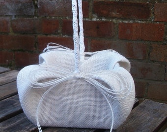 Burlap/Hessian Flower Girl Basket, wedding basket in white, cream, ivory and natural jute burlap/hessian